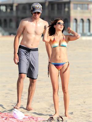 Noureen DeWulf bikini candids at Redondo Beach 10/8/12