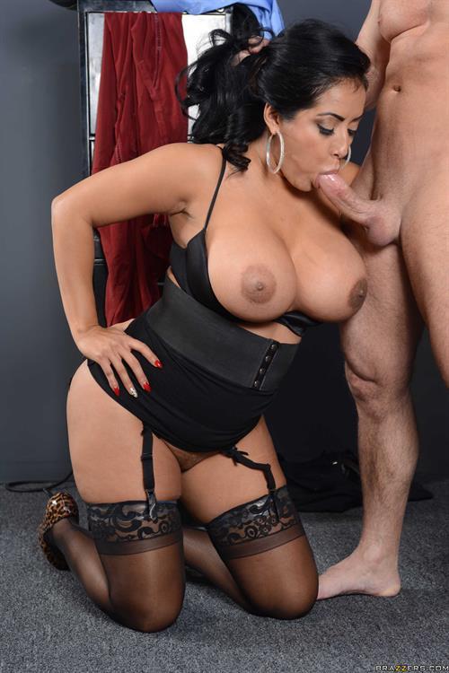 Kiara Mia Naked Bandolik Blowjob Tubegalore 1