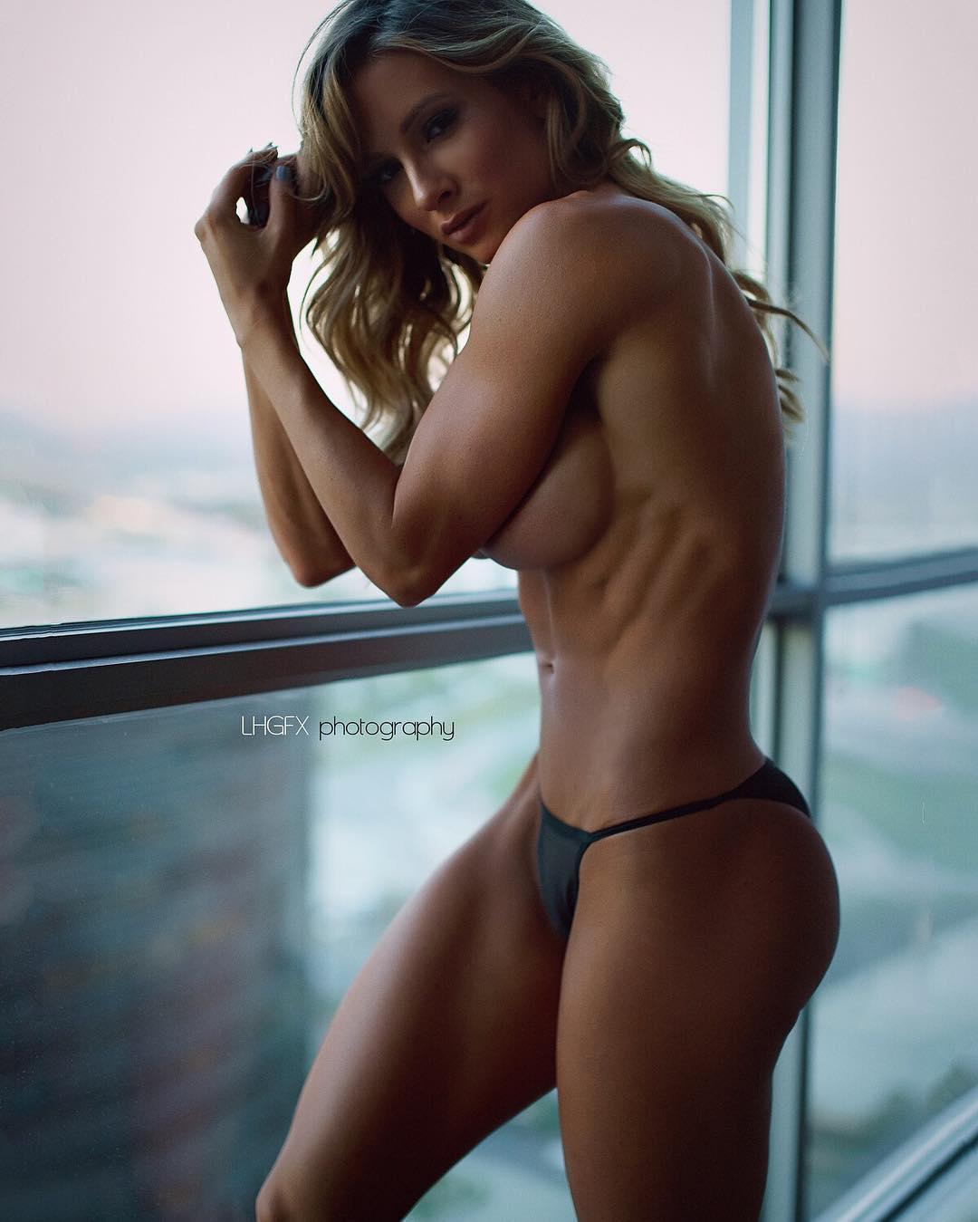 Paige nackt Hathaway Katie Price