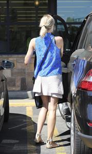 Diane Kruger shops at the Gelsons in Los Feliz August 21, 2014