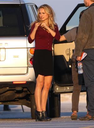 Natalie Portman On The Set Of Terrence Malick Film In Austin (10/10/12)