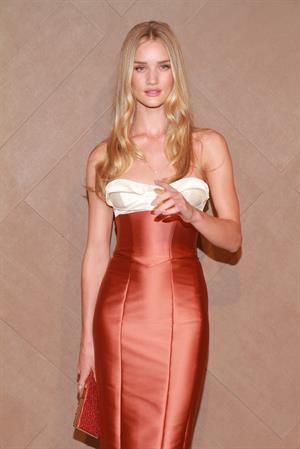 Rosie Huntington-Whiteley Burberry flagship store opening ceremony at Pacific Place in Hong Kong - November 1, 2012