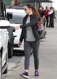 Minka Kelly leaving the gym in LA 12/14/12