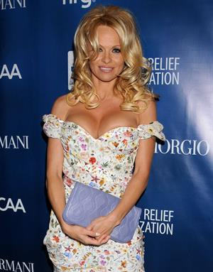 Pamela Anderson Attends the 2nd Annual Sean Penn and Friends Help Haiti Home Gala in LA 12.01.13