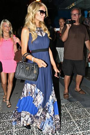 Paris Hilton films Reality Show for France as they shopping at Kitson - June 28, 2013