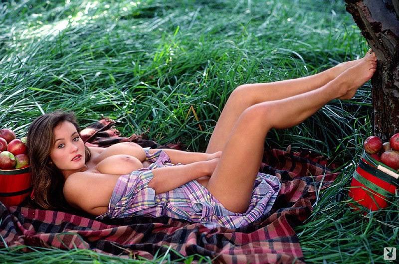 Alana soares nude — photo 4