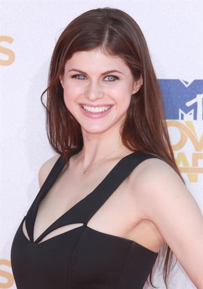 Alexandra Daddario MTV Movie Awards June 6, 2010