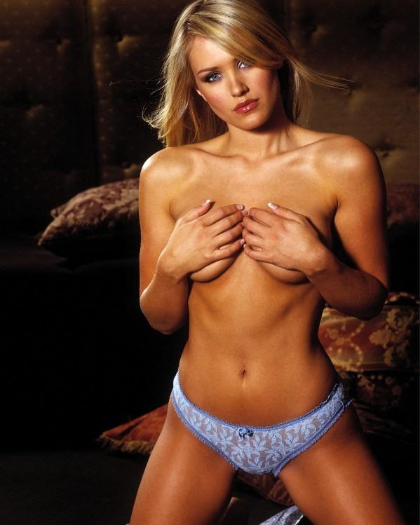 Nicky whelan nudes