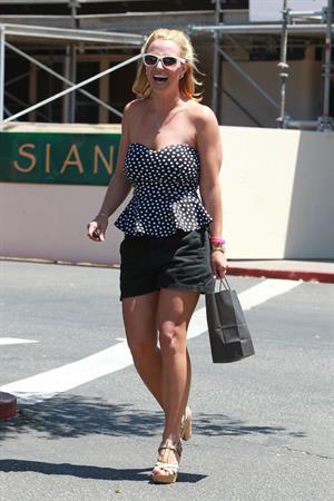 Britney Spears shopping in Westlake Village August 13, 2014