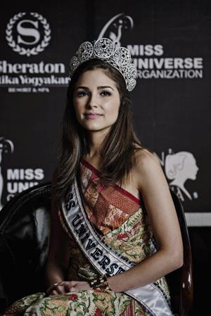 Olivia Culpo Visits Indonesia (Feb 7, 2013)