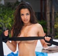 Raquel Pomplun - breasts