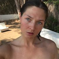 Alena Zavarzina taking a selfie