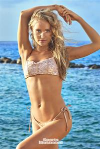 Sailor Brinkley-Cook in Sports Illustrated 2018