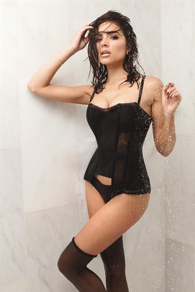 Olivia Culpo in lingerie