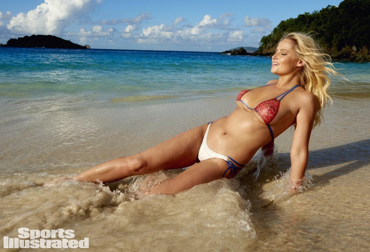 Genevieve Morton Sports Illustrated 2015 - Body Paint