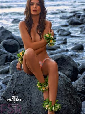 Emily Ratajkowski Sports Illustrated 2015