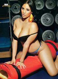 Cyn Santana in lingerie