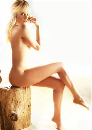 Marley Shelton