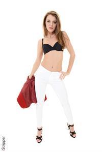 Kalisy in lingerie