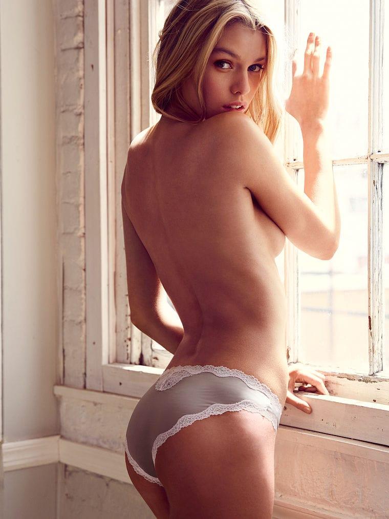 Stella maxwell naked