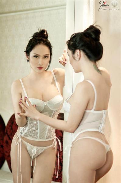 Paulene So in lingerie - ass