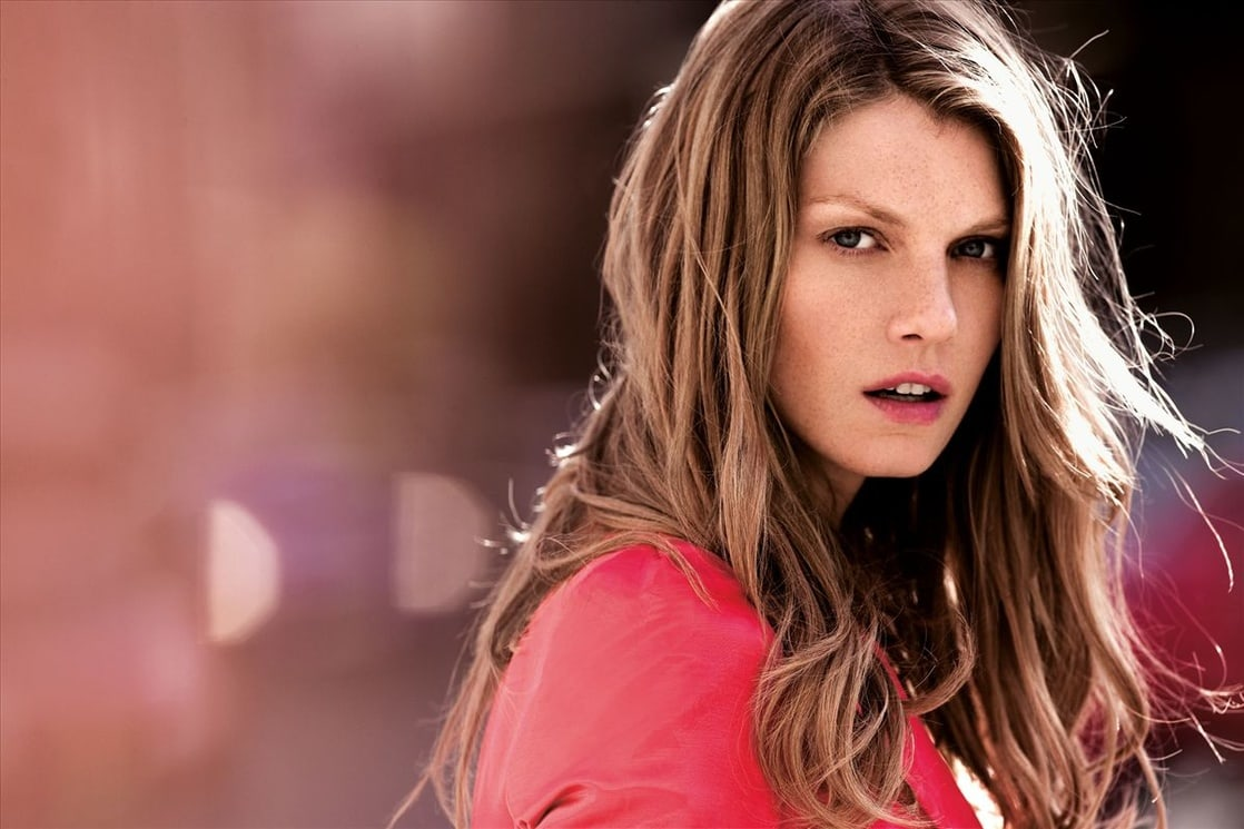 facebo angela lindvall born - 1118×745