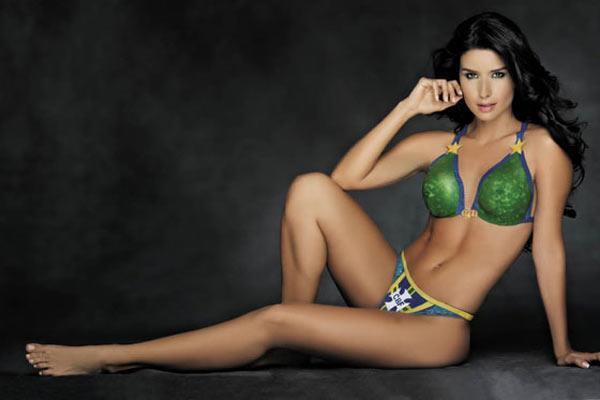Tatiana Gil in a bikini in body paint