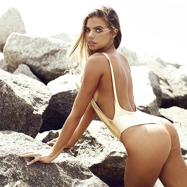 Alli Martinez