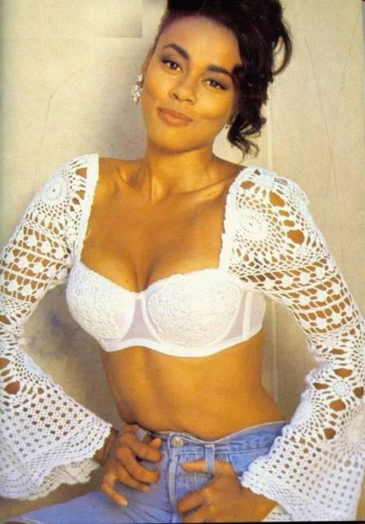Lela Rochon in lingerie