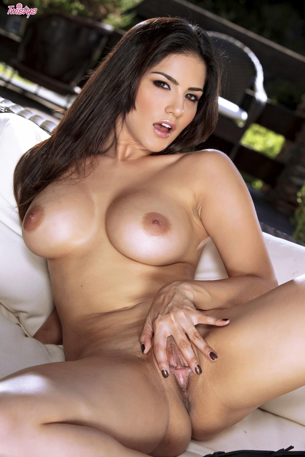 Sunny Leone Nude Pictures Rating  89610-9074