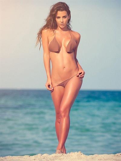 Natalia Vélez in a bikini