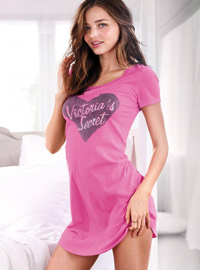 Miranda Kerr Summer Fashion