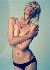 Claudia Schiffer in lingerie