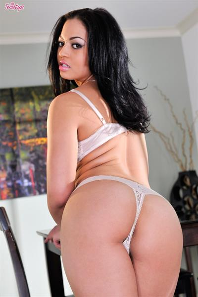 She's Ready For You.. featuring Karissa Kane   Twistys.com