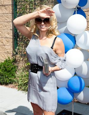 Pamela Anderson Arrives at the Sapphire Pool & Day Club Grand Opening Party 4/5/2013